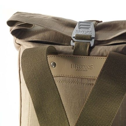 PICKWICK BACKPACK 26 LINEN